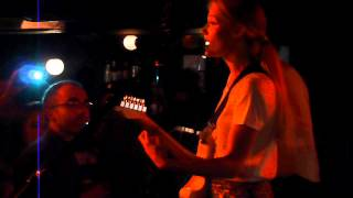Florrie - Begging Me (Live in Madrid 15/09/12)
