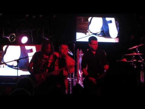 "LILLIAN AXE  ""She Likes It On Top"" live at The Howlin' Wolf!!!!!!"