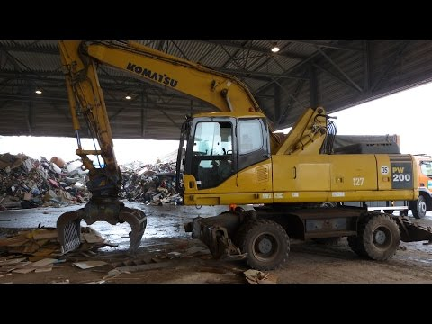 Komatsu PW 200-7 Wheel Excavator