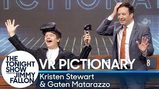 Virtual Reality Pictionary with Kristen Stewart, Gaten Matarazzo