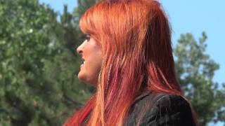 "Wynonna Judd  ""Love Can Build a Bridge"""
