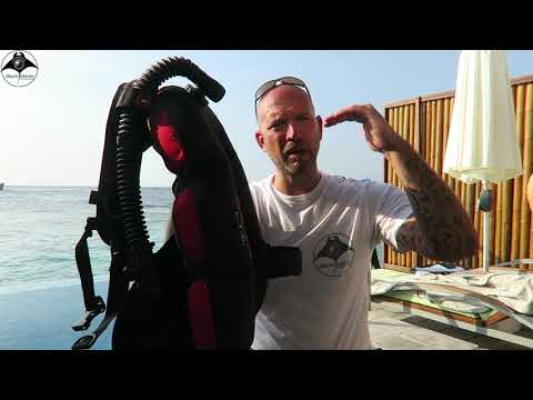 "HOLLIS Lightweight Travel System BCD Vlog – ""User Test & Conclusion"" in the Maldives"