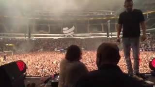 Dimitri Vegas & Like Mike Vs David Guetta - Complicated (ID)