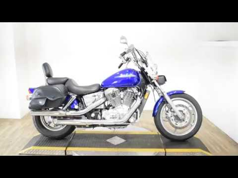 2006 Honda Shadow Spirit™ in Wauconda, Illinois - Video 1