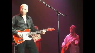 "Mark Knopfler ""Walk of life"" 2005 Lille"