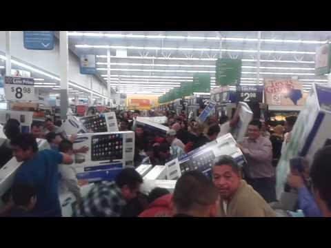 "Black Friday at Walmart! SAMSUNG 32"" SMART TV $ 248.00"
