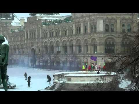 """Pussy Riot на Красной площади - песня """"Путин зассал"""""""