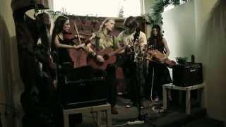 Video Pilgrim - Awakening (live in Salon Maryška)