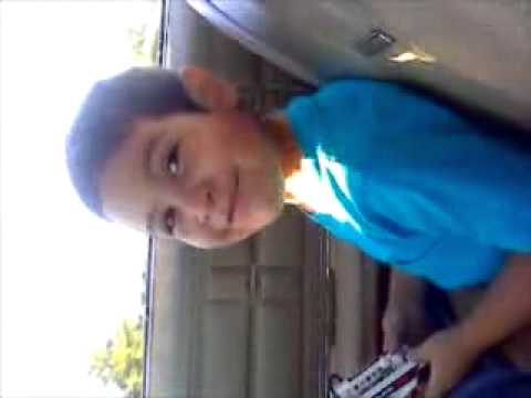 anthony singing to mommys song