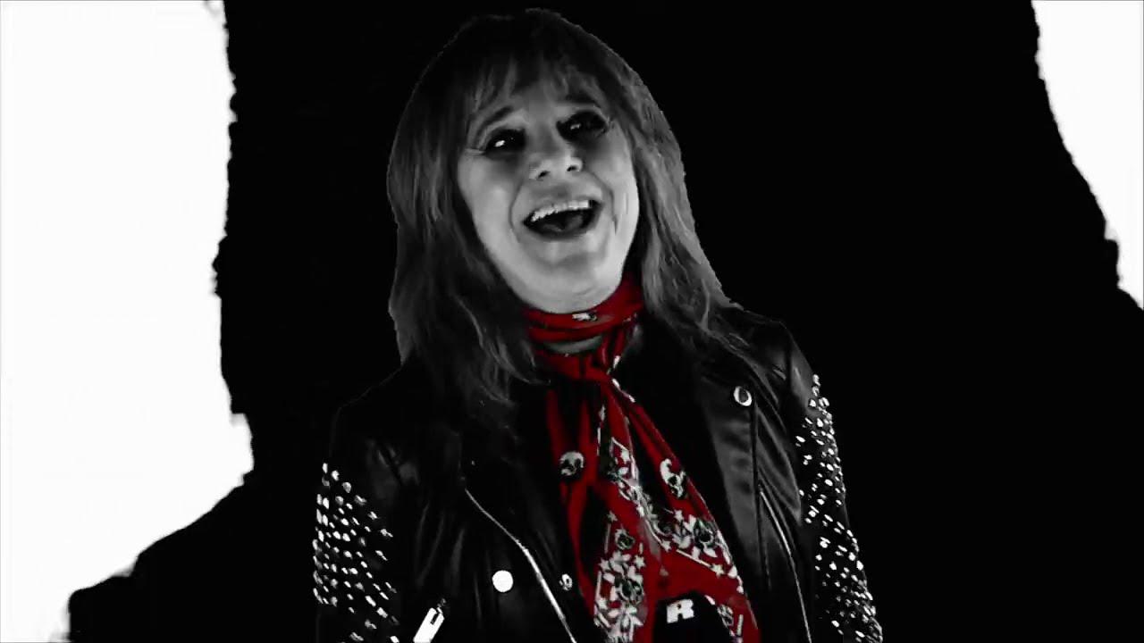 SUZI QUATRO - The Devil In Me