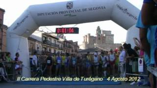 preview picture of video 'II Carrera Pedestre Villa de Turégano. Salida Absoluta'