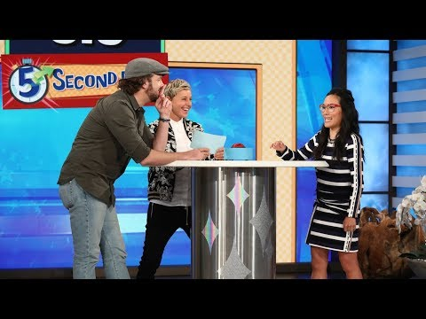 Jason Sudeikis and Ali Wong Play '5 Second Rule'