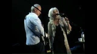 "Mark Knopfler & Emmylou Harris ""Right Now"" 2006 London"