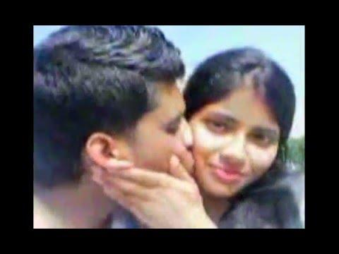 Bangladeshi College Girlfriend Kissing Video