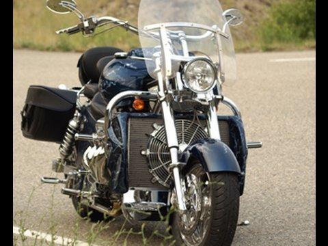 BOSS HOSS 502 CI 530+ horsepower V8 SuperCycle   Filme   custom-bike com