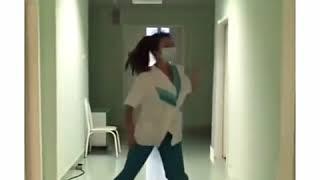 Медичка зажигает!!! 2016! Короткие видео приколы 2016! Прикольные видео 2016! Круто танцует!!!