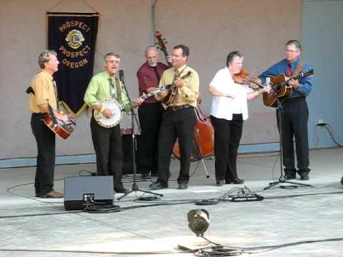 Siskiyou Summit performs Yesterdays News at prospect bluegrass festival 2008