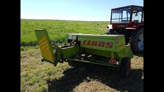 Claas Markant 40 & Universal 650M / The Baler In Action