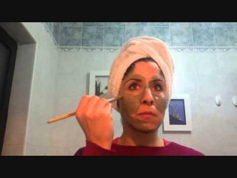Come togliere posti senili pigmentary su una faccia