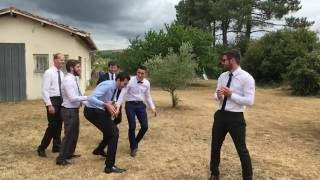 Mariage Civil - 1/2 - Le lancer de bouquet du marié
