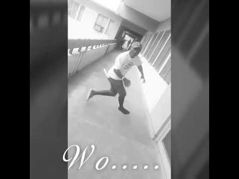 Don-G Agbawo dancing to olamide wo