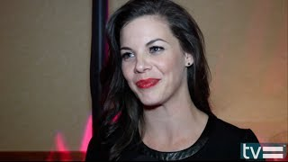 Haley Webb pour Happy cool