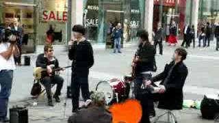 The Charlatans busking in Manchester - North Country Boy