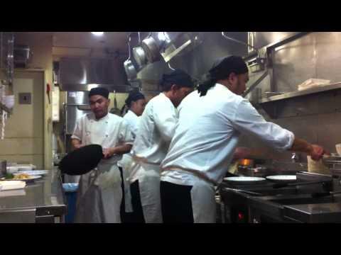 Video demo masak urawa surabaya restoran
