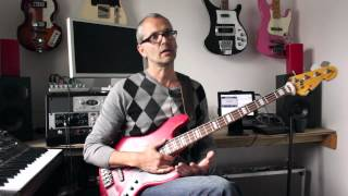 How to play bass - Thank You (Falettinme Be Mice Elf Agin) - Sly & the Family Stone