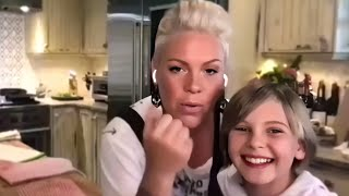 Singer Pink cooking with daughter Willow