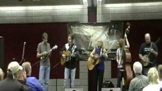 "IBMA video Donna Hughes Band ""9 Pound Hammer"""