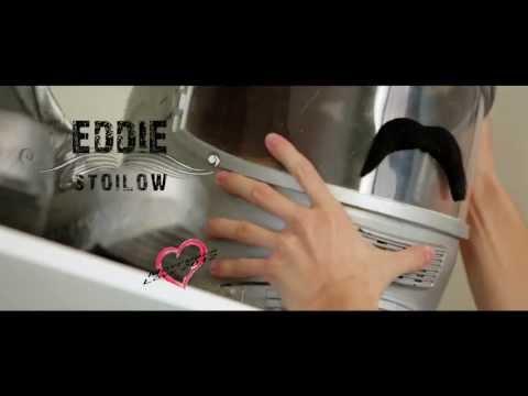 Eddie Stoilow - EDDIE STOILOW - Movember Love feat. Erika Fečová & Orion - offic