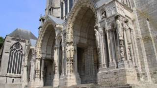 preview picture of video 'Cathédrale Notre-Dame-de-Chartres'
