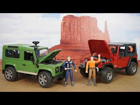 BRUDER Cравнение двух внедорожников Land Rover и Jeep Обзор игрушечных машин для детей. Bruder Toys видео