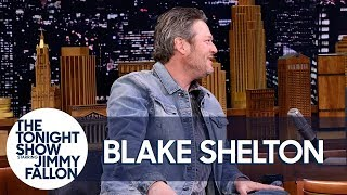 Blake Shelton and Kelly Clarkson Made Adam Levine Cry on New Year's Eve