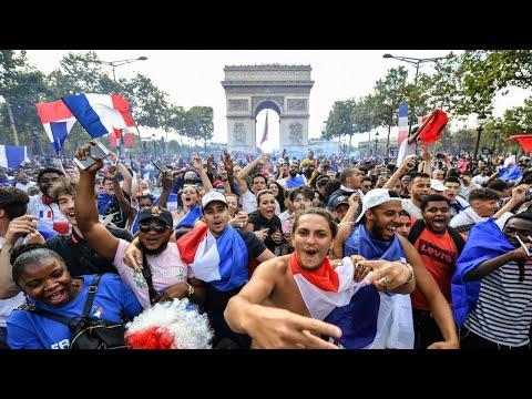 استعدادات شعبية في الشانزليزيه لاستقبال المنتخب الفرنسي الفائز بكأس العالم 2018