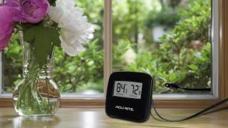 AcuRite 02067 Indoor/Outdoor Thermometer with Wired Sensor