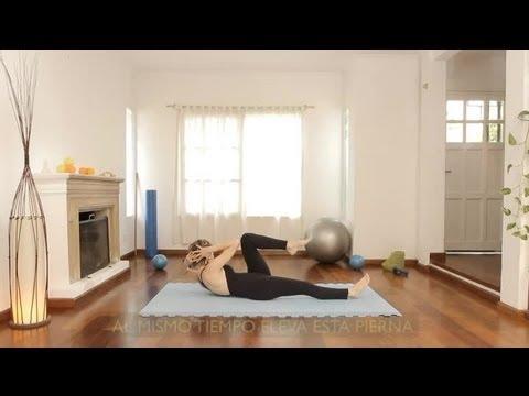 Cómo hacer el ejercicio estilo bicicleta : Ejercicios de Pilates 3