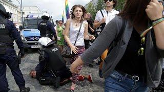 Szélsőségesek zavarták meg a lengyel melegfelvonulást
