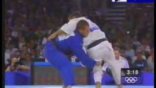 Judo 2000 Sydney: Huseyin Ozkan (TUR - Larbi Benboudaoud (FRA) final