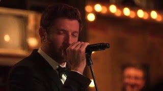 """Brett Eldredge - """"Have Yourself A Merry Little Christmas"""" - Live"""