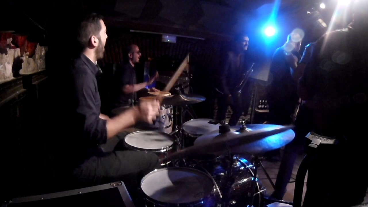 "DrumCam - ""The Boss"" ao vivo com The Slingshots em Barcelona"