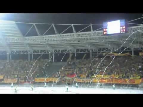 """""""Salida DEPORTIVO PEREIRA - vs america 1 de octubre 2012"""" Barra: Lobo Sur • Club: Pereira"""
