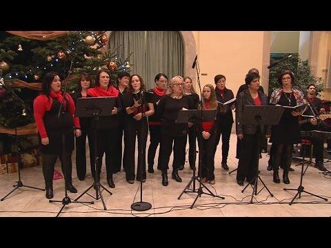 Adventi koncertek a Városházán 2015 - A Seven Houses gospelkórus és zenekar - video preview image