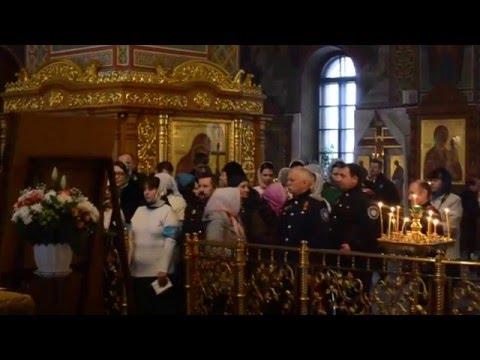 Иконы в храме святого луки