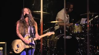 Alanis Morissette - Numb (Live At Montreux 2012) Full HD