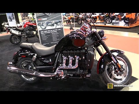 2015 Triumph Rocket III Roadster 2300 ABS - Walkaround - 2015 Salon Moto de Quebec