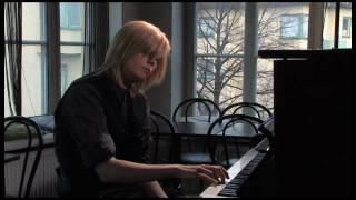 Anna Ternheim framför nya låten What have I done