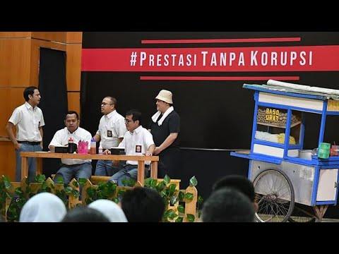 Ngakak! Erick Tohir Berkaos Oblong Jualan Bakso, Di SMKN 57 Jakarta Selatan