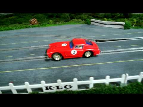 1/32 Wooden Routed Slot Car Track – 1960's theme – Scalextric C69 LIGHTS Ferrari Berlinetta Test
